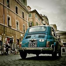 italian-cliches-fiat500